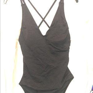 Tropical Escapes Size 12 one piece swimsuit black